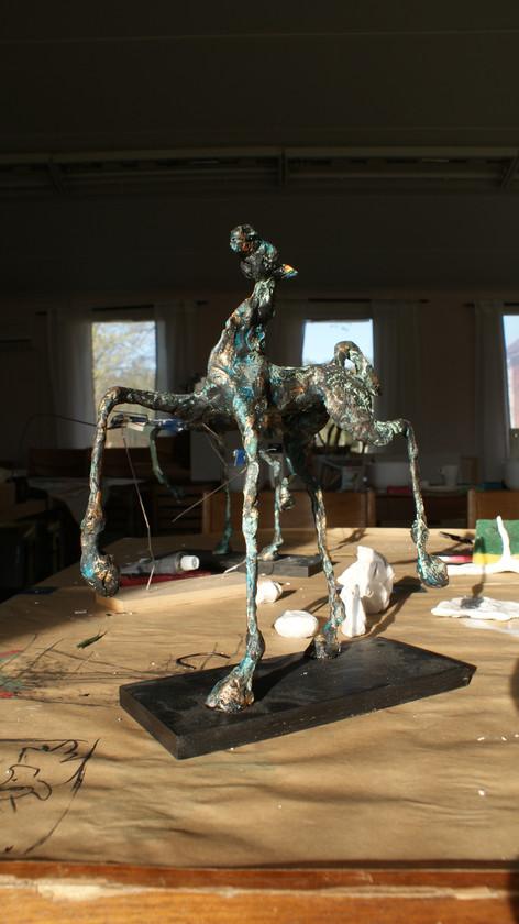 Lena Palmgren visade hur hon gör sina hästar i papier maché.