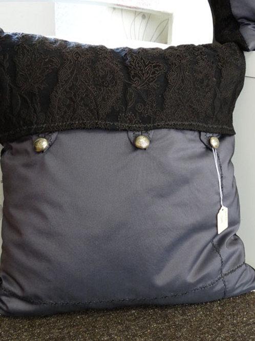 Kissen, Jacquardstoff, ca. 40 x 40 cm, Handarbeit