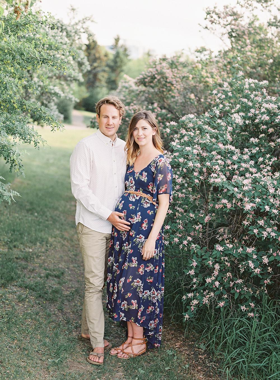 Saskatoon and Regina Maternity Photographer Lisa Catherine Photography