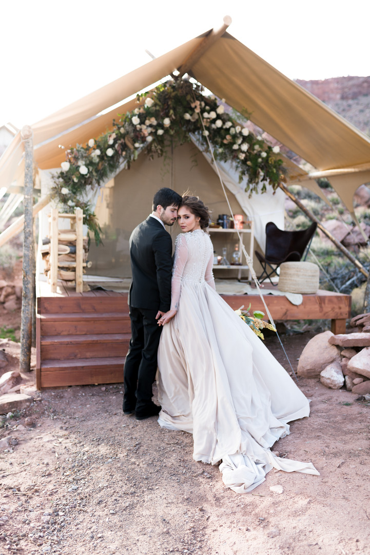 Zions couple elopement