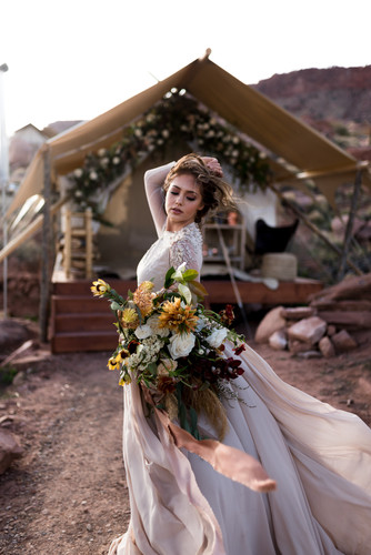 Windblown flowy dress & ribbons bride