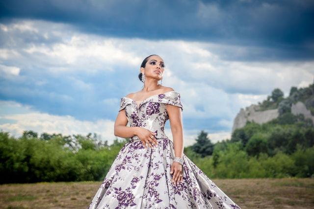 hoto:  Studio Six Weddings @studiosixweddings Makeup & Hair: Lesley-Ann Maltar Gown:  Athena Dress Rental @athenadressrental Model @aliibuxs