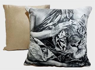pillow 2.jpg