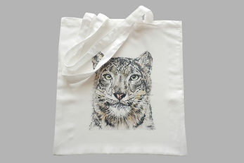 Fabric tote bags from Art by Vanesa