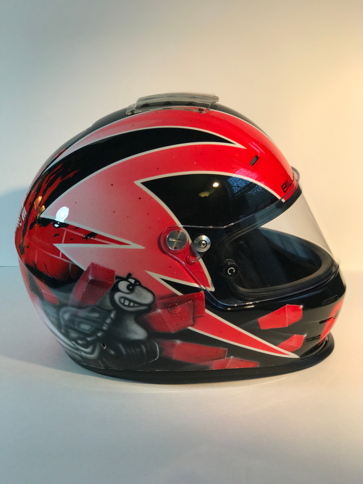 d7c6ec14b06f JPG  bugsbunny motorcycle helmet.jpg  IMG 3464.