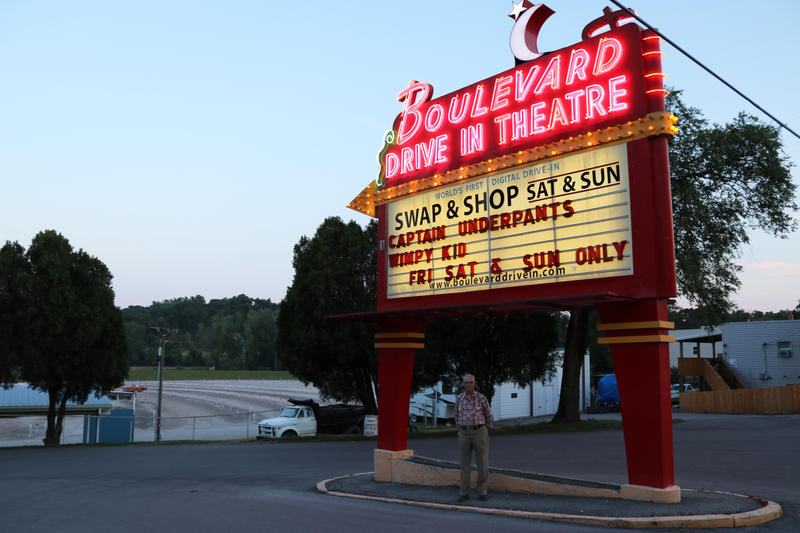 'From Missouri Bootheel To Big Screen, Wes Neal's Boulevard Drive-In Keeps Him Young:' Gold, Heart of America Awards, Society of Professional Journalists, Profile.