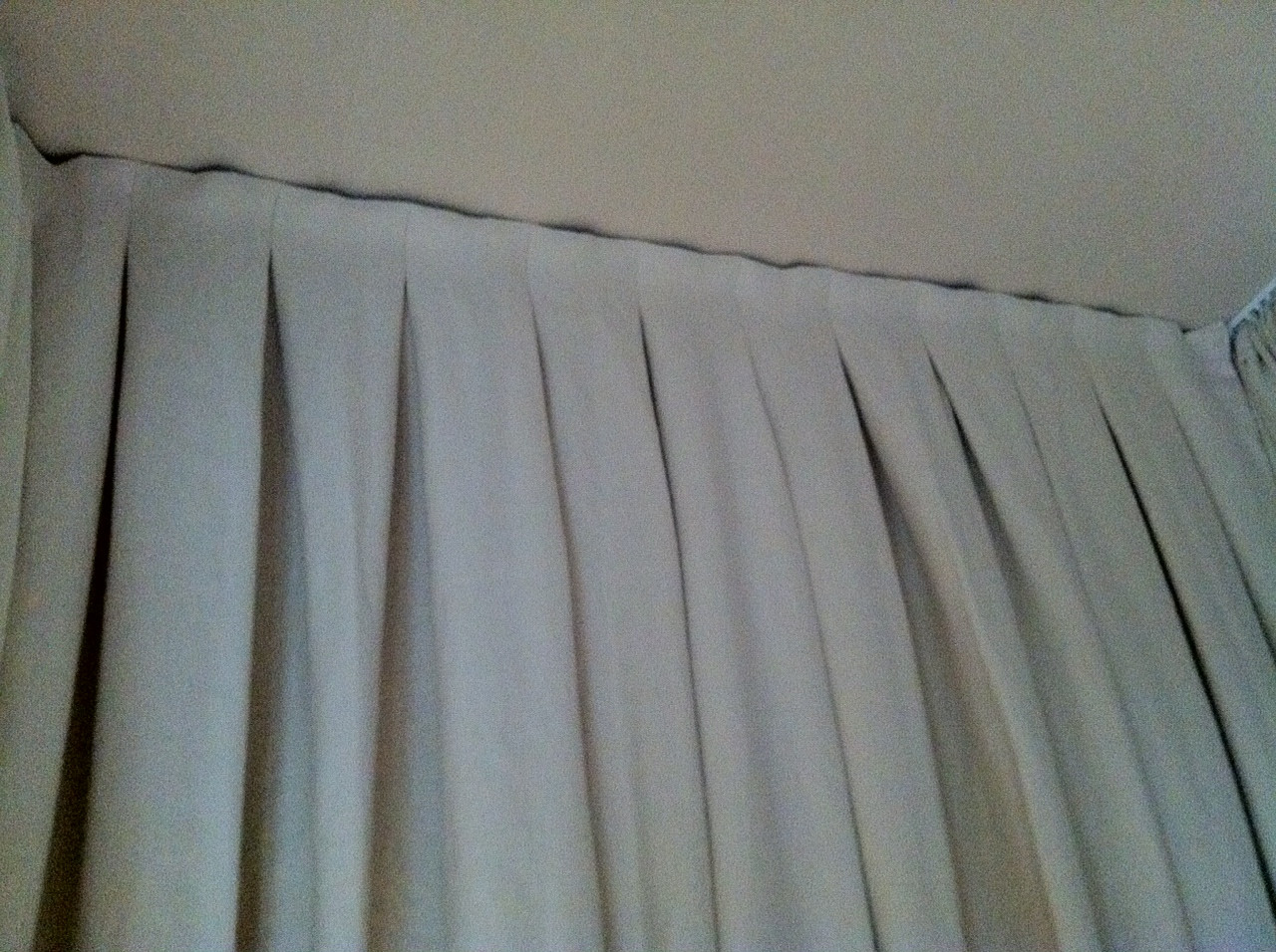 Back of Canopy bed.JPG