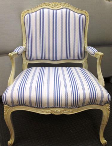 chair 2_edited.jpg