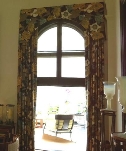 cornice with panels