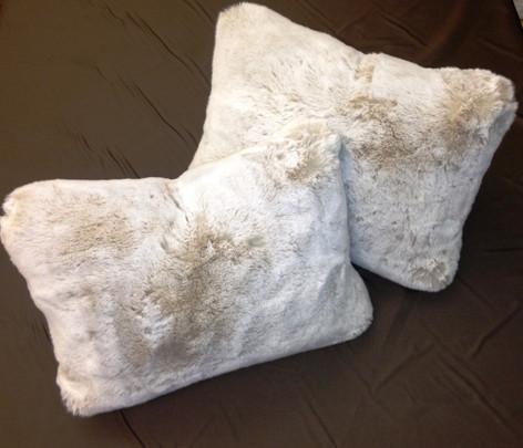 Boxed Throw Pillows In White Fur