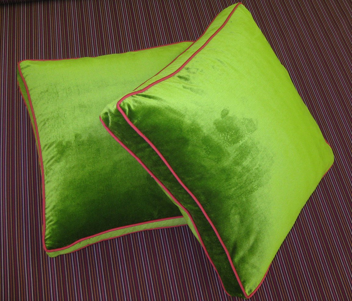 Boxed Throw Pillows with Contrast Welting