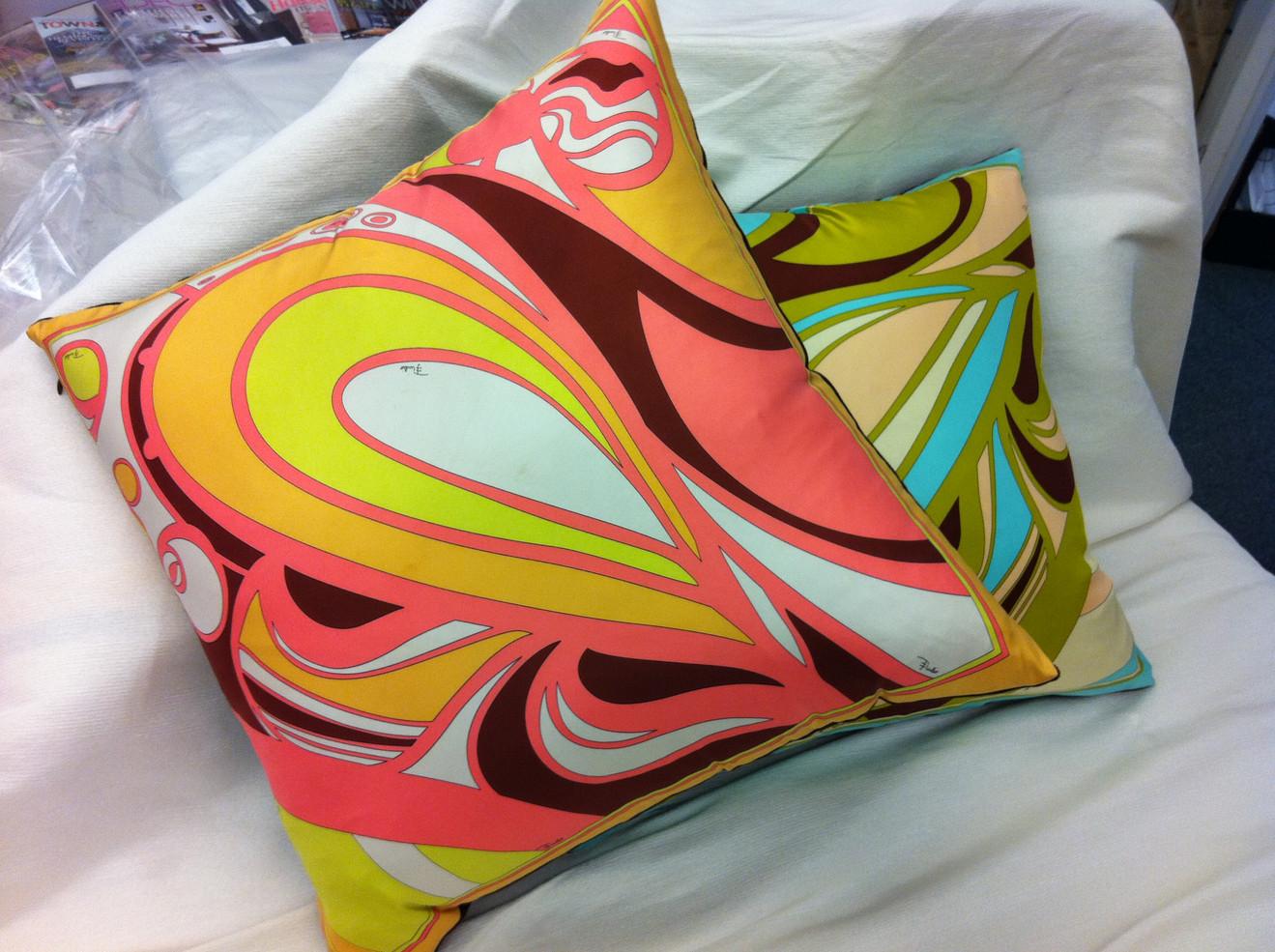 pillows orange.jpg