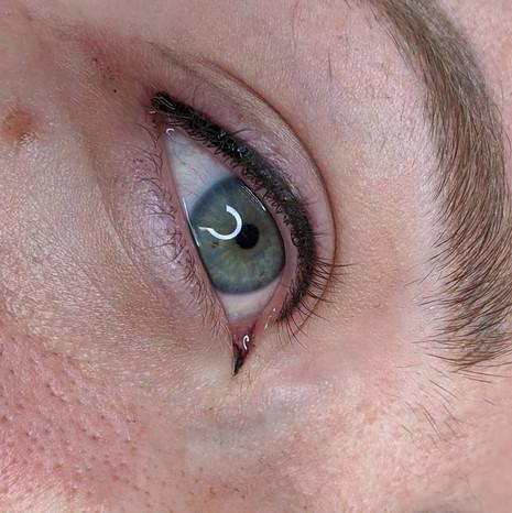 Basic Eyeliner