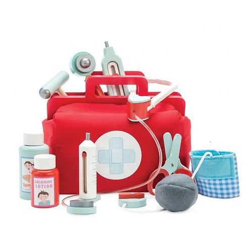 Le Toy Van Doctor's  Medical Set