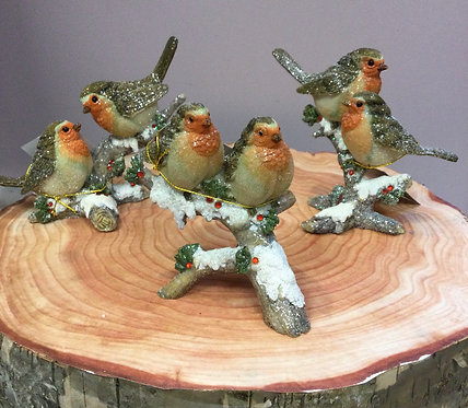Robins on Log Resin Ornament