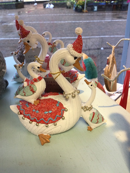 Coloured Resin Swan with Babies Ornament
