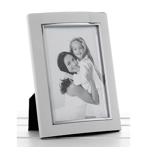 White 4x6 Photo Frame