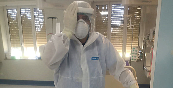Coronavirus Italia. UN ANGEL PIRATA EN EL CENTRO DEL INFIERNO