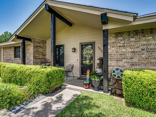 SOLD-1030 Eastridge Cir. Red Oak, TX 75154