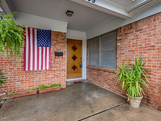 SOLD in 2 days! 1957 FULL OF MID CENTURY CHARM!  2709 Yates. St., Ft. Worth, TX 76133