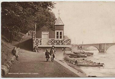 1922 Boathouse.jpg