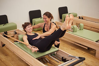 pilates reformer hundred training