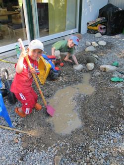 Umgraben, Bauen, Wasser......