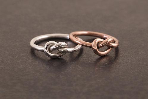 單結戒指 / 小節日戒指 Knot Tying Ring