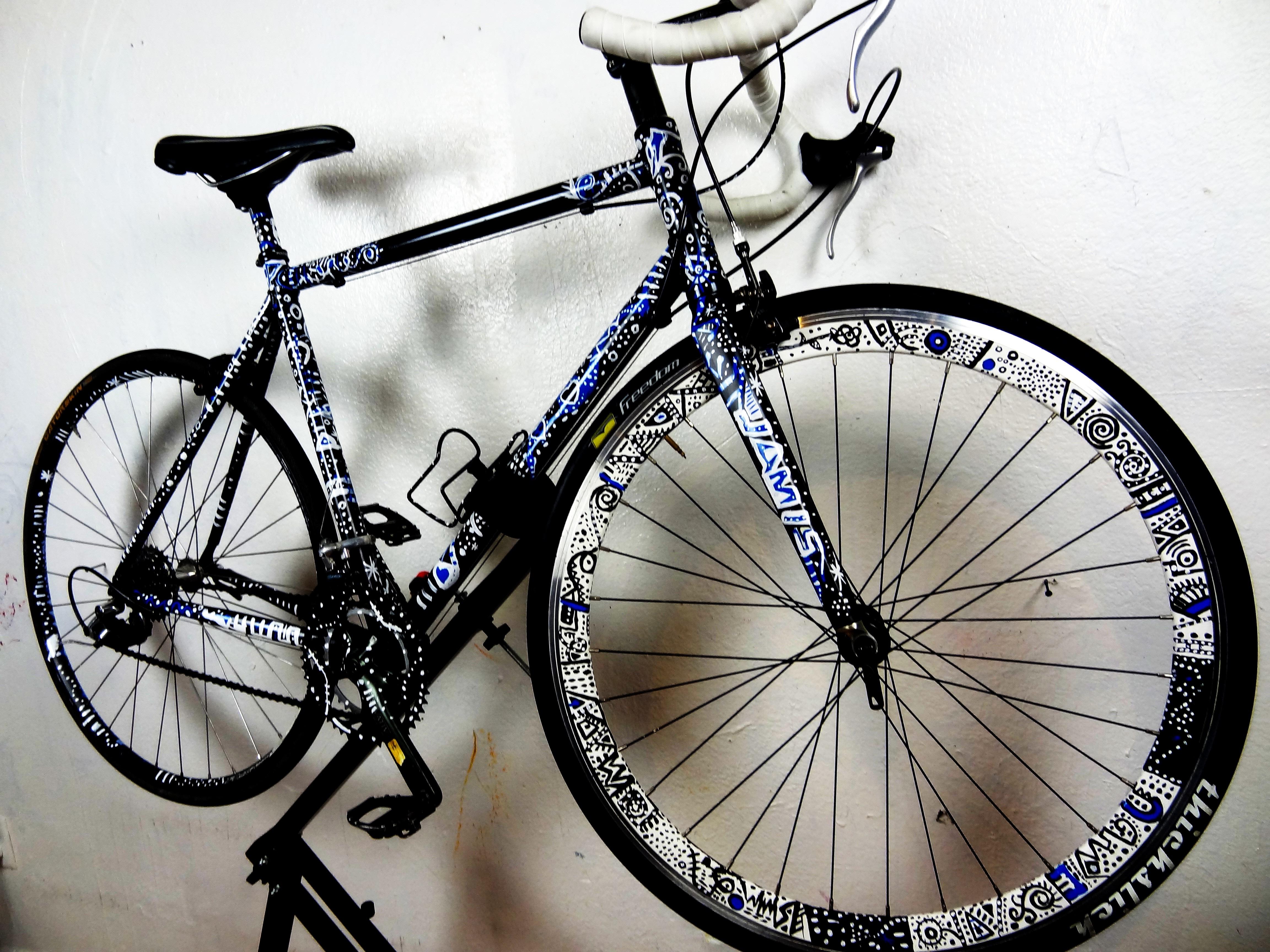 Bicicleta Pintada a Mano.