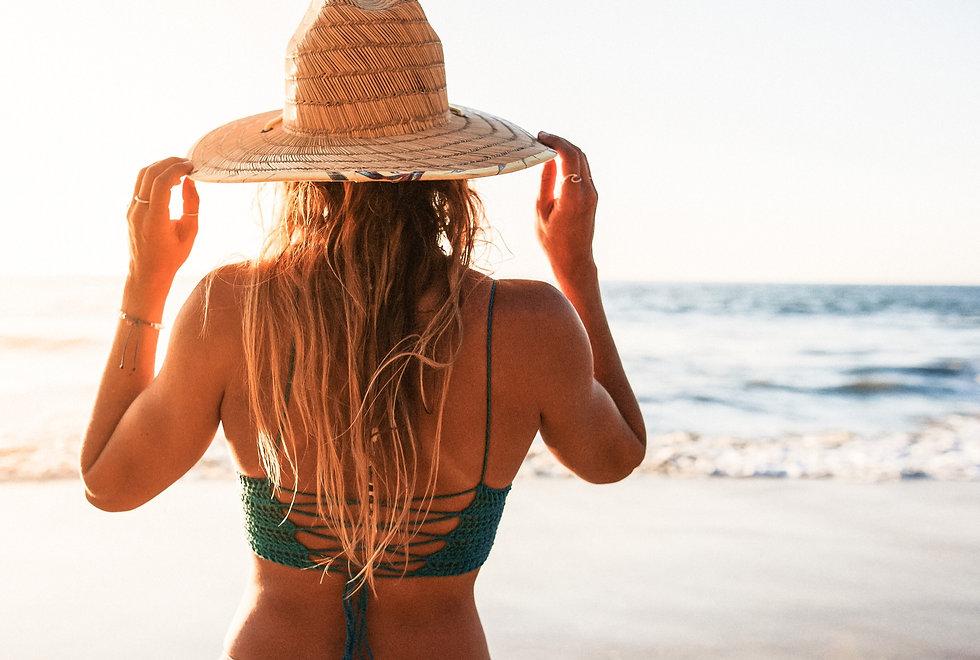 crochet bikini top, beach girl, surfer girl, ocean