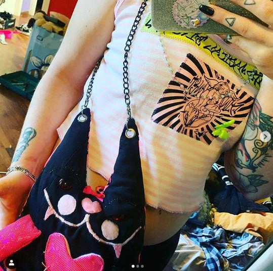 @glitterbrain_23 wearing an Angel Brains Rework