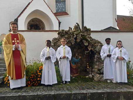 Niederumelsdorf feierte Erstkommunion