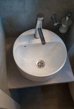 Guest washroom