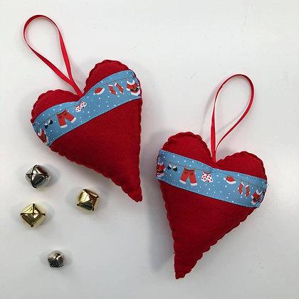 Heart of Christmas - Santa's Washing Line