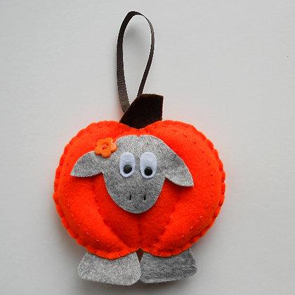 Lola the Lamb - Pumpkin