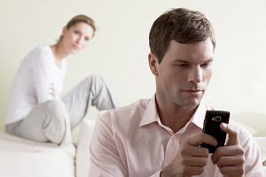 Warning Signs Your Partner is Stalking You