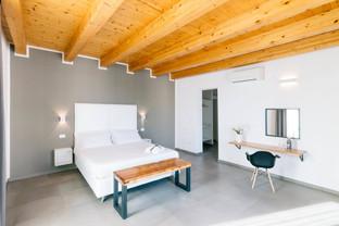 Zimmer_Suite_Bedroom5.jpg