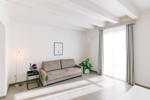 Zimmer_Suite_Lounge2.jpg