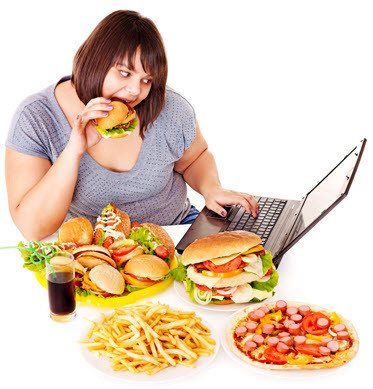 การรับประทานอาหารจำพวก แป้ง และน้ำตาลในปริมาณที่เกินความต้องการของร่างกายในแต่ละวัน เป็นการเพิ่มภาระให้แก่ร่างกายโดยไม่จำเป็น และที่สำคัญเมื่อร่างกายใช้พลังงานที่ได้รับเข้าไปในแต่ละวันไม่หมด ร่างกายก็สะสมพลังงานเหล่านั้นไว้ทุกๆ วัน สะสมไปเรื่อยจนในที่สุดก็เกิดเป็น โรคอ้วน และด้วยความที่เป็น คนอ้วน นี่เองจึงทำให้เกิดเป็นโรคร้ายต่างๆ มากมาย ทำให้อายุสั้นกว่าคนปกติทั่วไปที่ไม่อ้วน ทั้ง เบาหวาน ความดัน ไขมันพอกตับ ข้อเสื่อม เข่าเสื่อม และอื่นๆ อีกมากมายที่จะถามเป็นแพคเกจเลยก็ว่าได้ ดังนั้น ลดน้ำหนัก หรือ ลดความอ้วน กันดีกว่า ดีกว่าที่จะเกิดโรคร้ายกับคุณ ลดน้ำหนัก ด้วย Caroline ดีที่สุด ปลอดภัย ไม่โยโย่