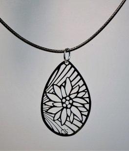 Collier ovale, motif edelweiss, inox