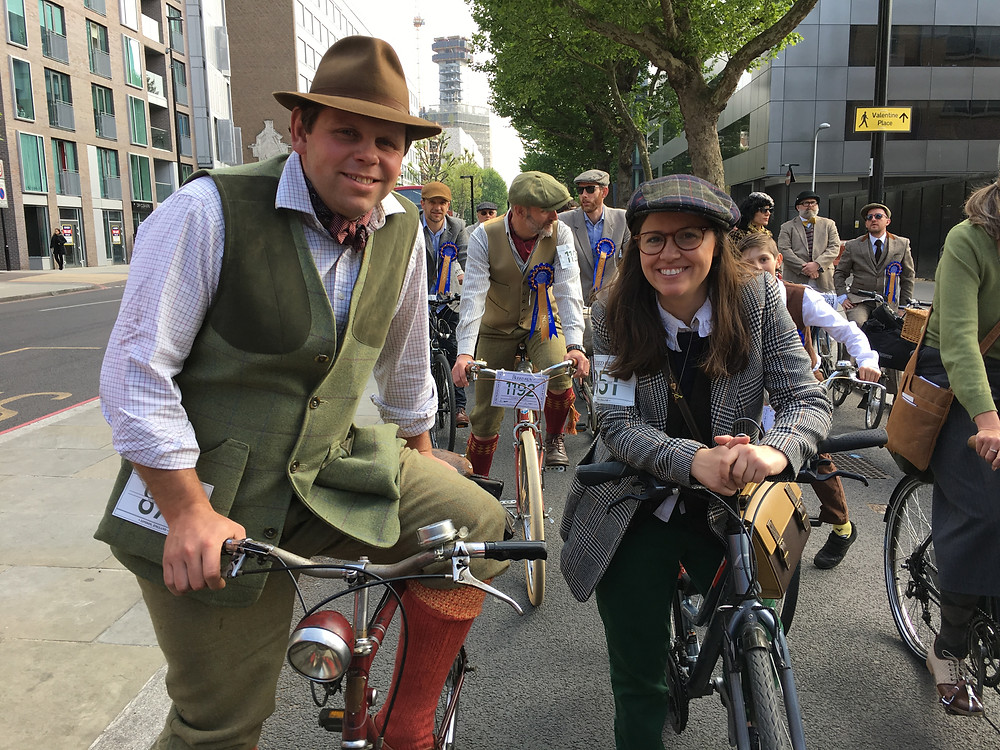 The tweed run in London- vintage bike ride