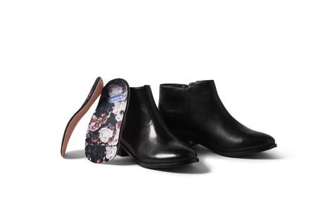 Scholl爽健&Wiivv合作,提供客製化印花鞋墊服務