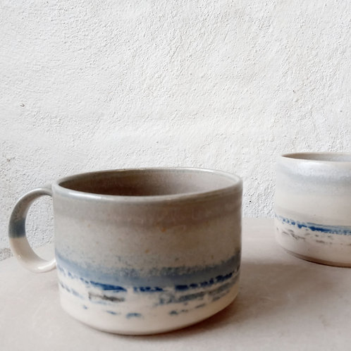 Short coffee cups