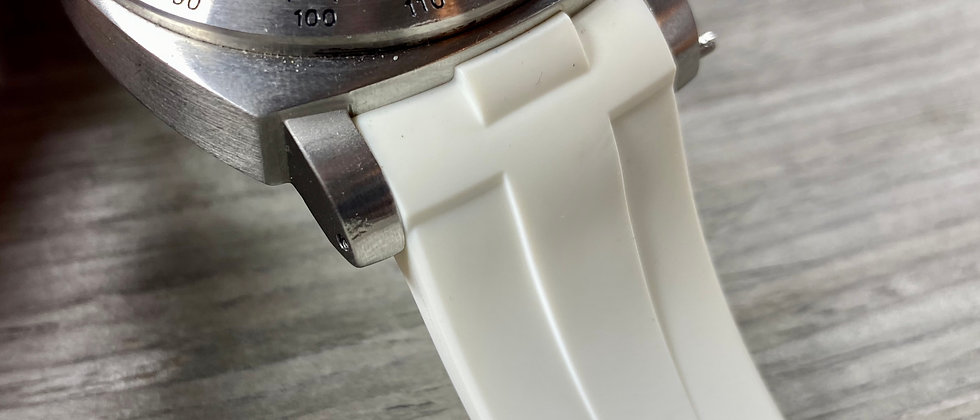 24mm WHITE Vulcanized Rubber Strap for Panerai Luminor - Perfect fit Green