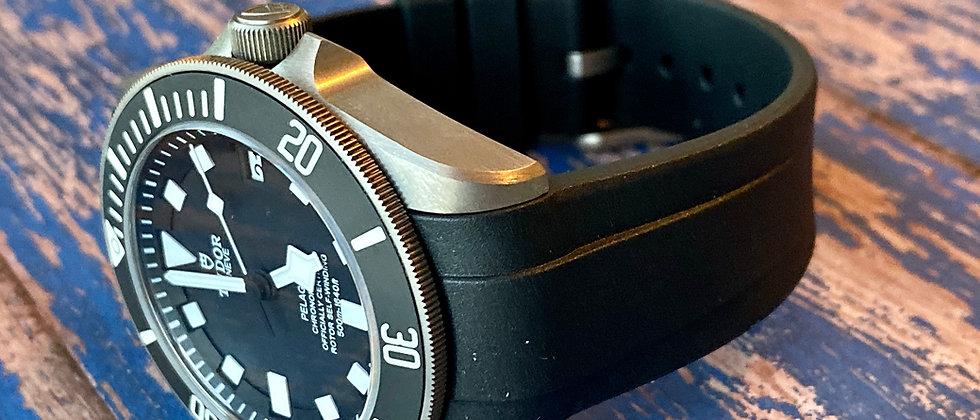 22mm Vulcanized Rubber Strap for TUDOR Pelagos watches