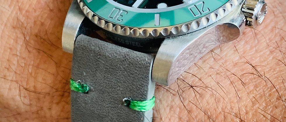 Thick Gray Crazy Horse Leather watch strap - Green Stitch