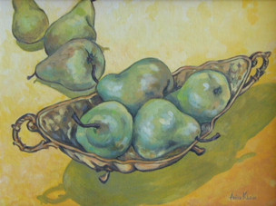 4 Pears in the Dish