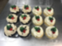 Christmas Cupcakes by FlourGirl Patissier