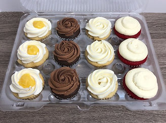 Cupcakes by FlourGirl Patissier