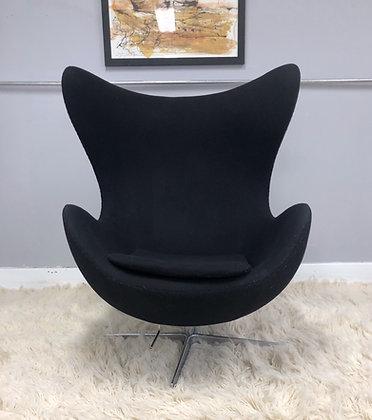 Arne Jacobsen Style Mid Century Modern Egg Chair